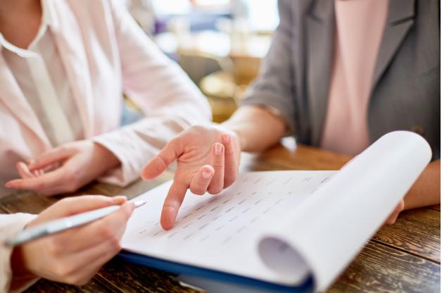 liste d'offres d'emploi pour le poste d'assistant(e) administratif/ve et logistique